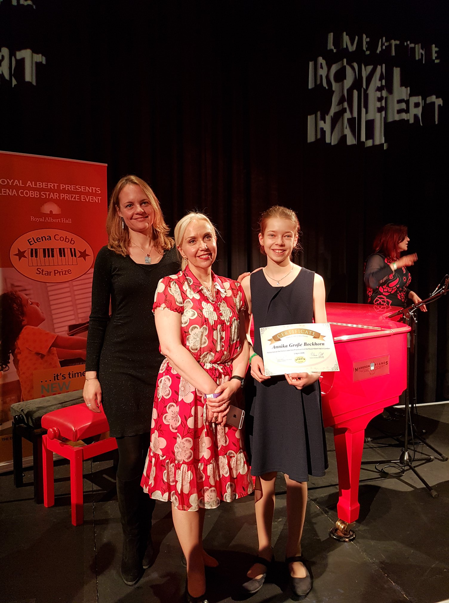 Elena Cobb with Tatyana Bayliyeva (USA) and her students at the Elena Cobb Star Prize